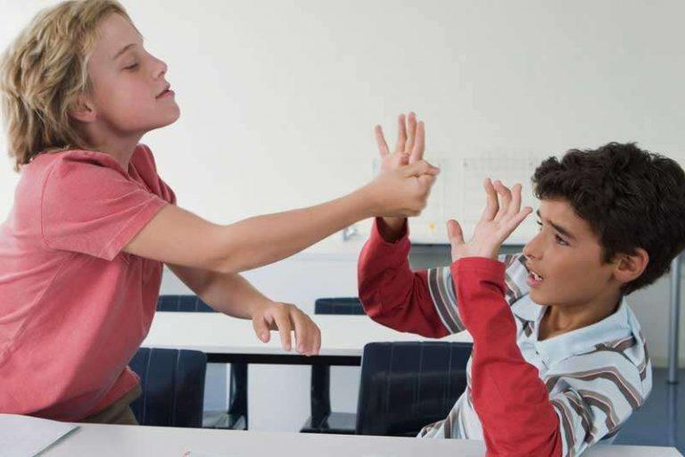 اختلالات رفتاری کودکان و نوجوانان
